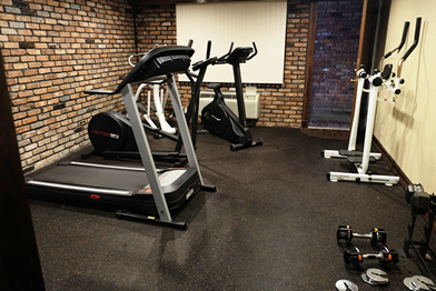 Chalet Inn & Suite Gym